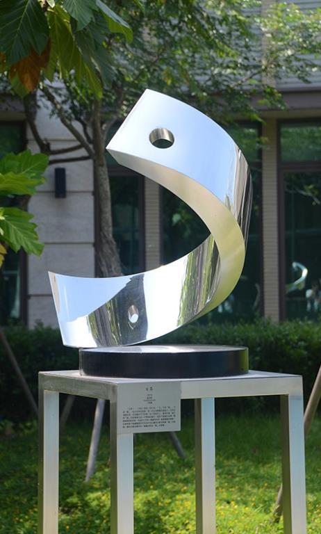 雕塑品 日昇