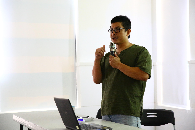 許遠達助理教授「臺灣攝影經典影像漫遊」