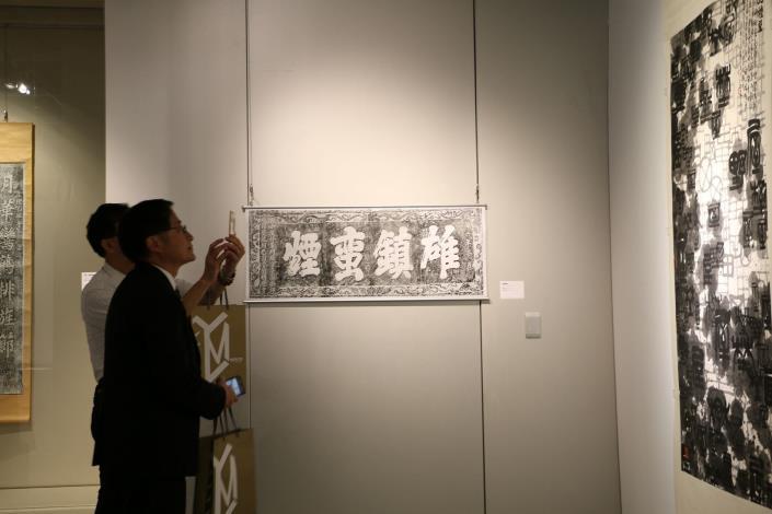 101展覽室觀眾3(001)