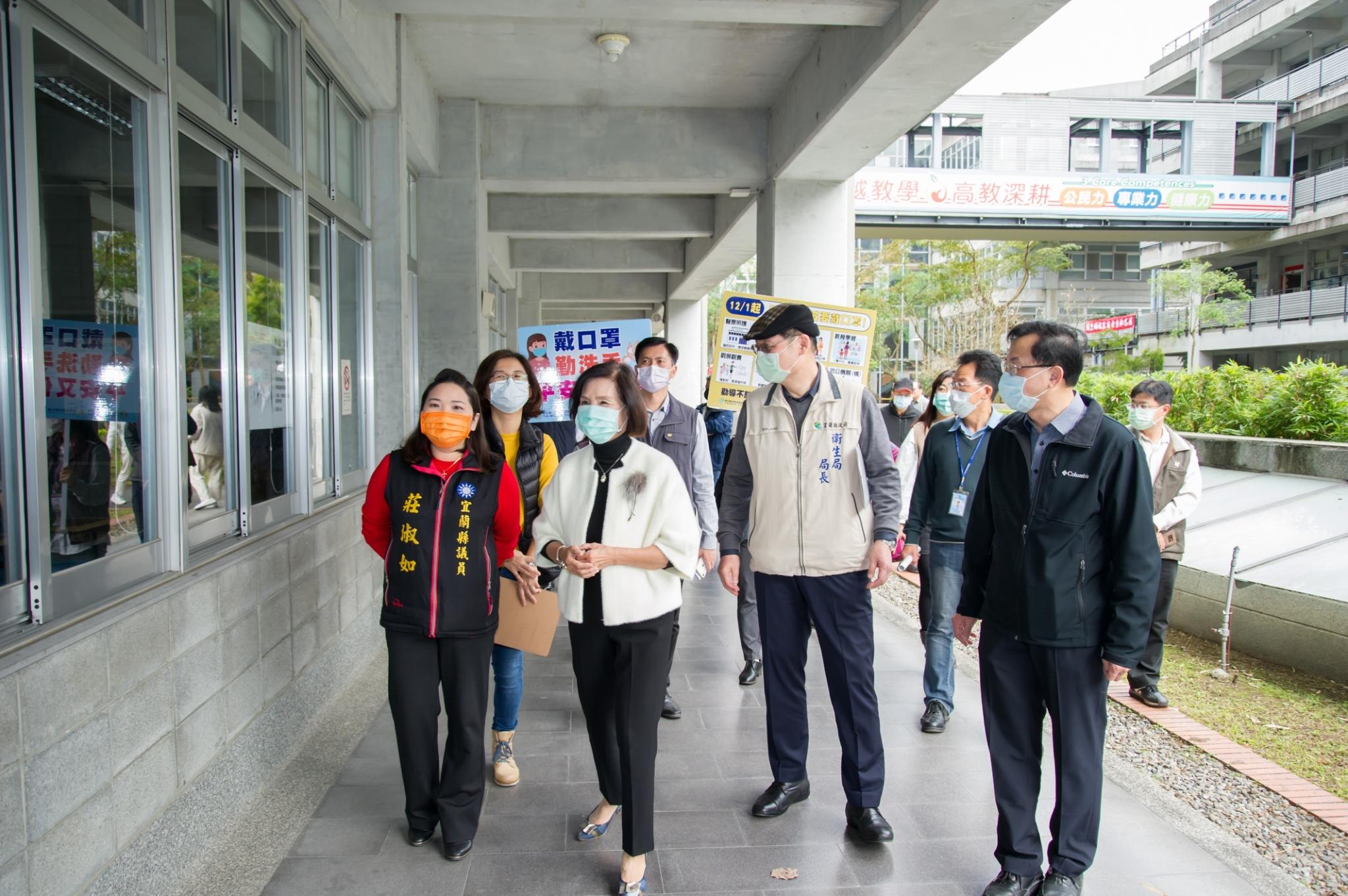110學年度學科能力測驗22、23日登場,林縣長巡視考場。