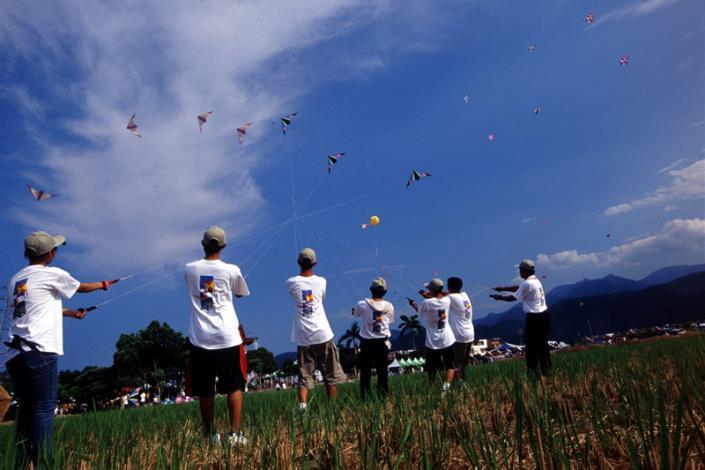 冬山風箏節