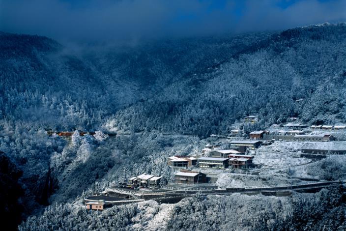 太平山莊冬雪