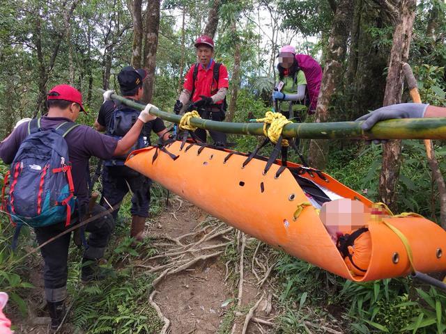 大同所暖心所長 協助搜救登山受傷外籍遊客