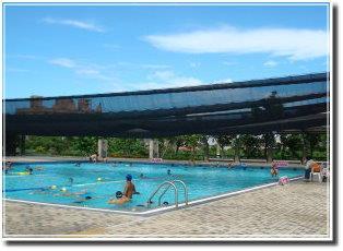 頭城鎮立游泳池兒童戲水
