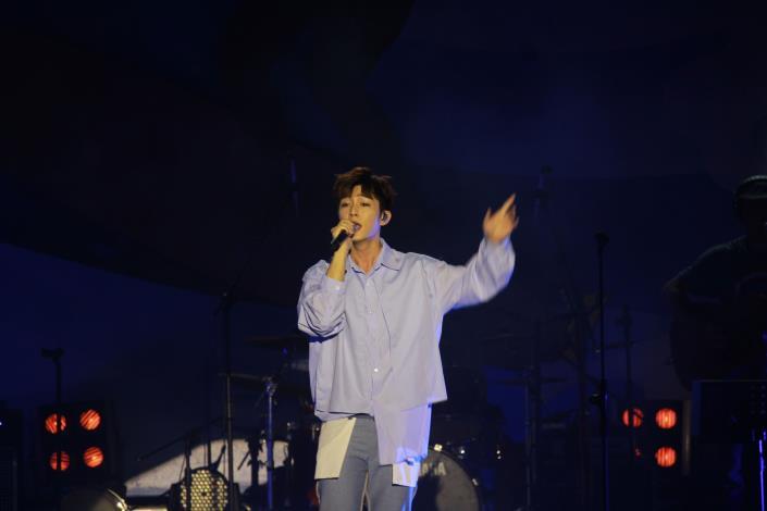 炎亞綸(2)