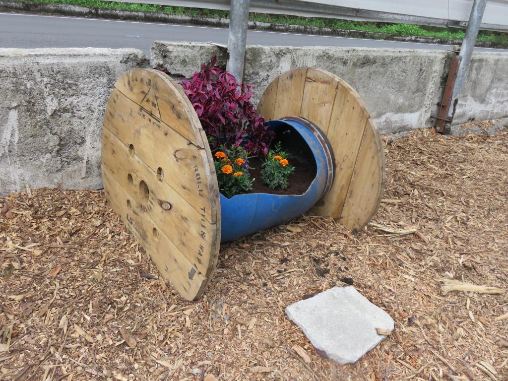 廢木屑除了供本鄉清潔隊工作所需之外,另也供民眾購買使用