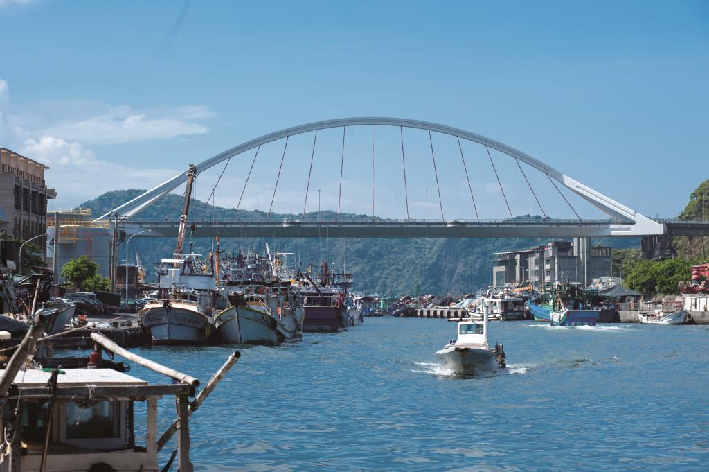 擁抱海港的雙手-南方澳大橋