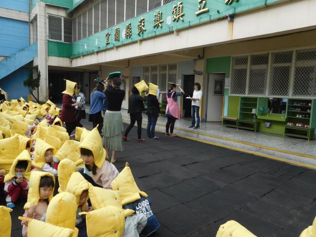 108.2.22地震、防災演練照片16.JPG