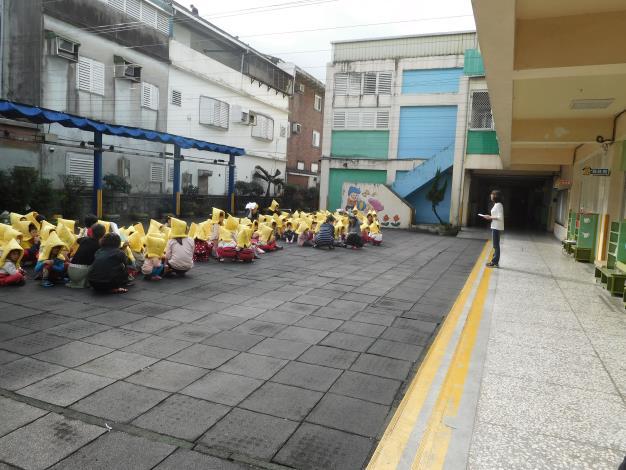 108.2.22地震、防災演練照片09.JPG