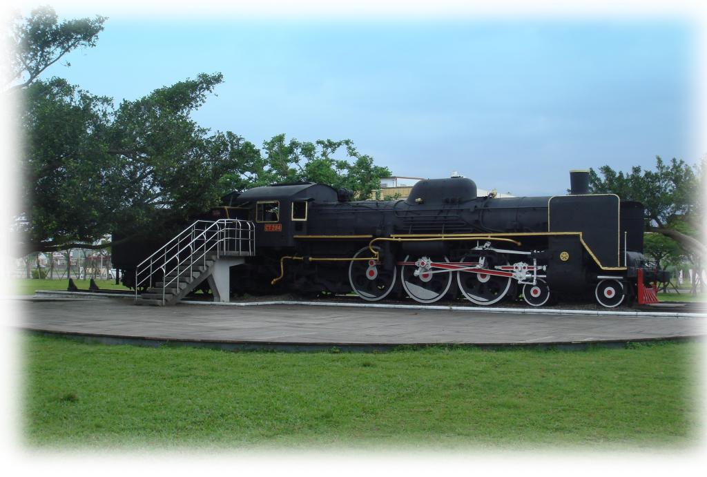 火車頭圖共兩張圖片