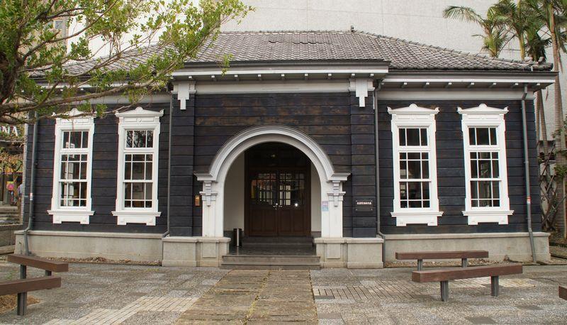 舊宜蘭監獄門廳(藍屋)圖