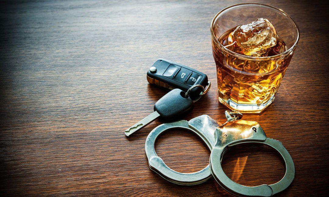 酒後駕車罰款重,肇事喪命心更痛