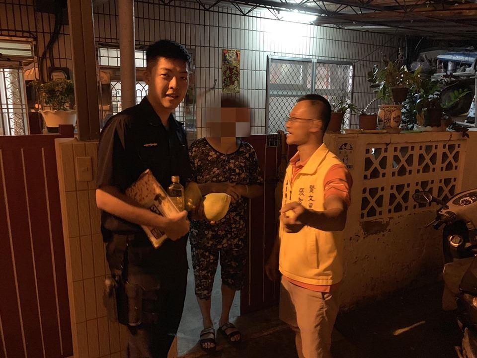 羅警執勤發現生活困難民眾-主動關懷並通報社會救助